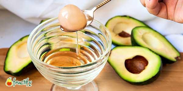 Косточка авокадо и масло
