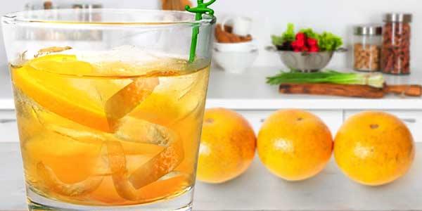 корки-мандарина-в-воде
