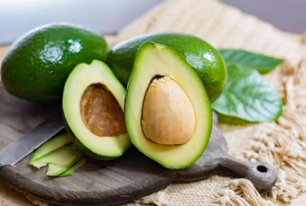 полезный авокадо