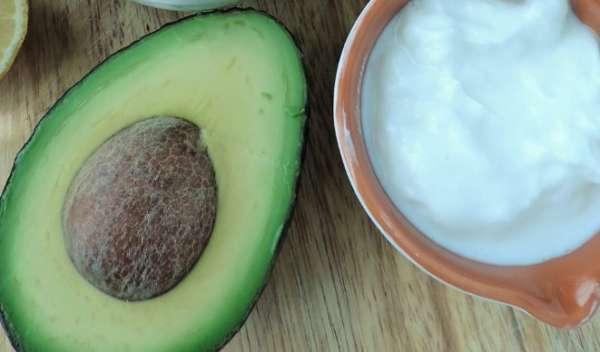 авокадо и йогурт