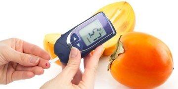 Глюкометр и хурма