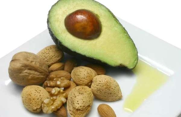 авокадо с орехами