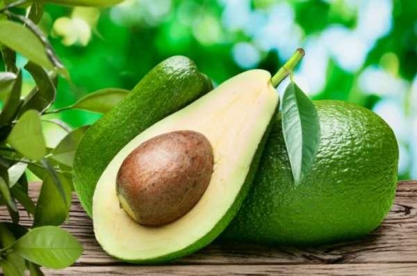 половинка авокадо