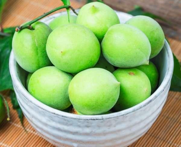 зеленый абрикос